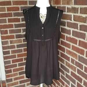Elegant Flowy Black Sleeveless Dressy Top Blouse
